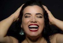Brazilian American singer Deborah Watts